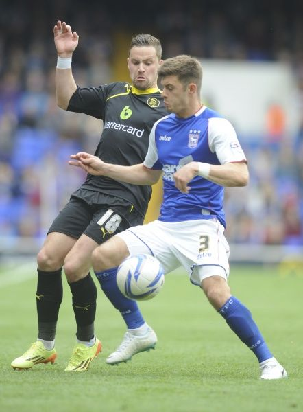 Ipswich Town v Sheffield Wednesday SkyBET Championship Wednesdays Chris Maguire loses out to aaron Cresswell